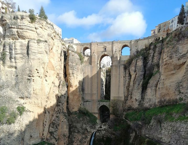 How to see Puente Nuevo: Ronda's spectacularbridge